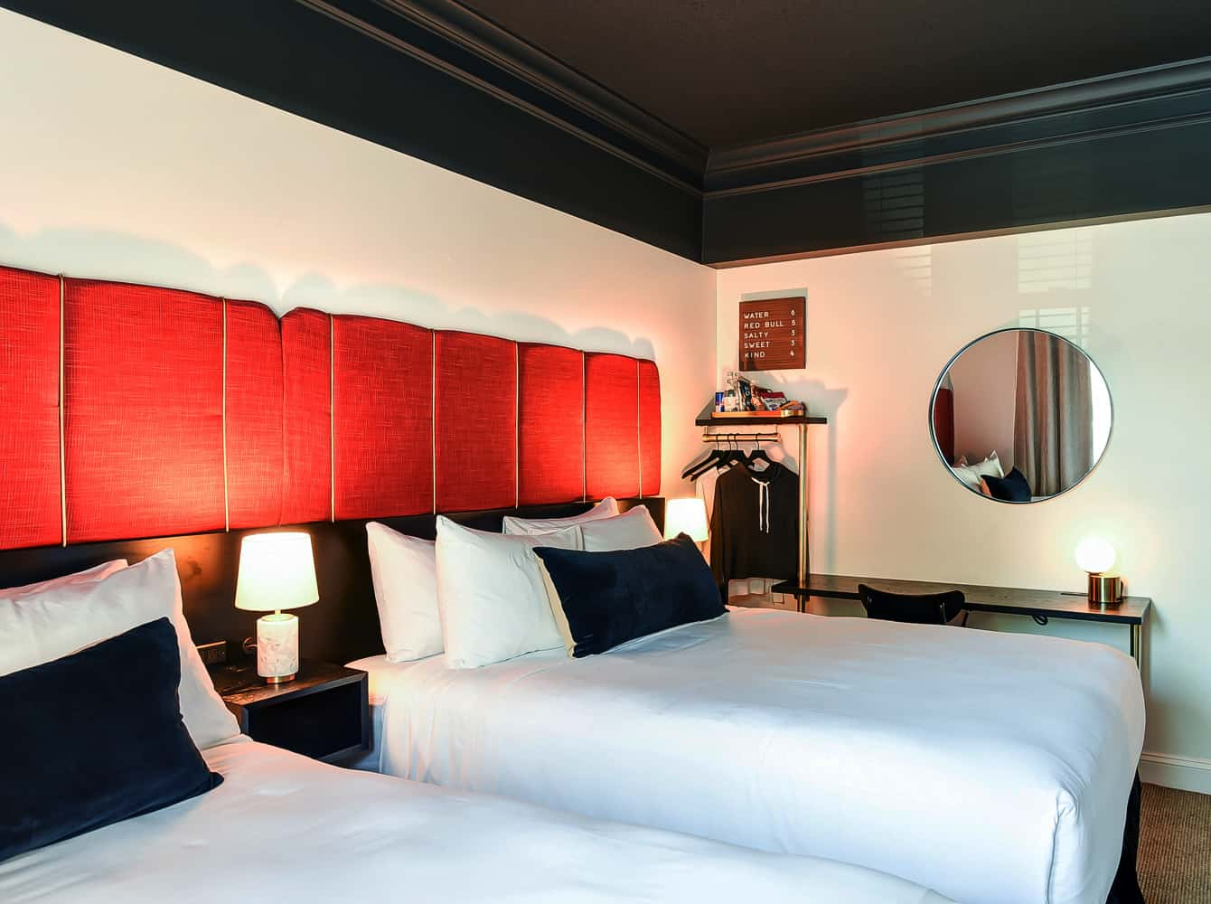 Dupont Circle Embassy Inn by FOUND - Rooms - Superior Queen Room with Two Queen Beds