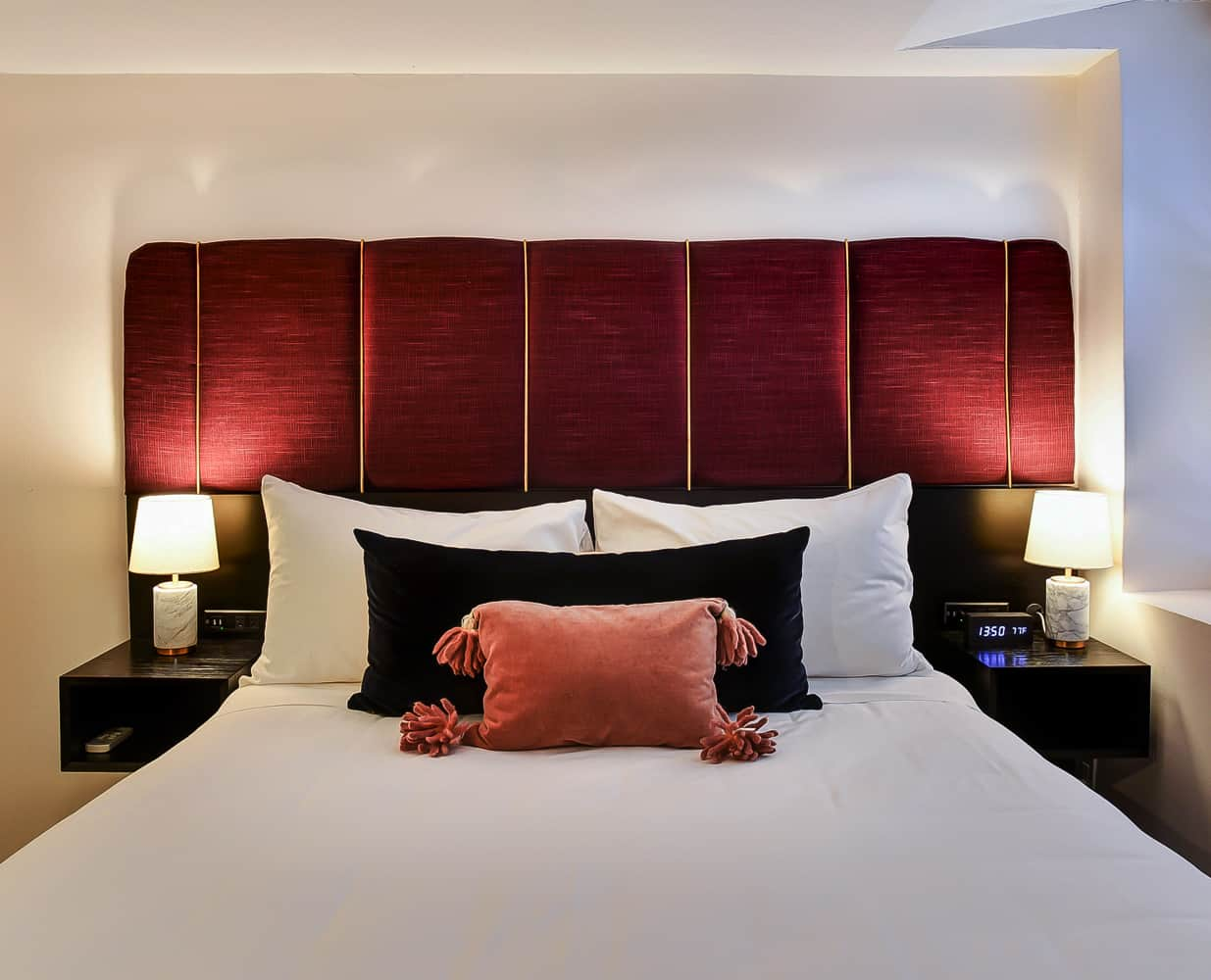Dupont Circle Embassy Inn by FOUND - Rooms - Superior Queen Room