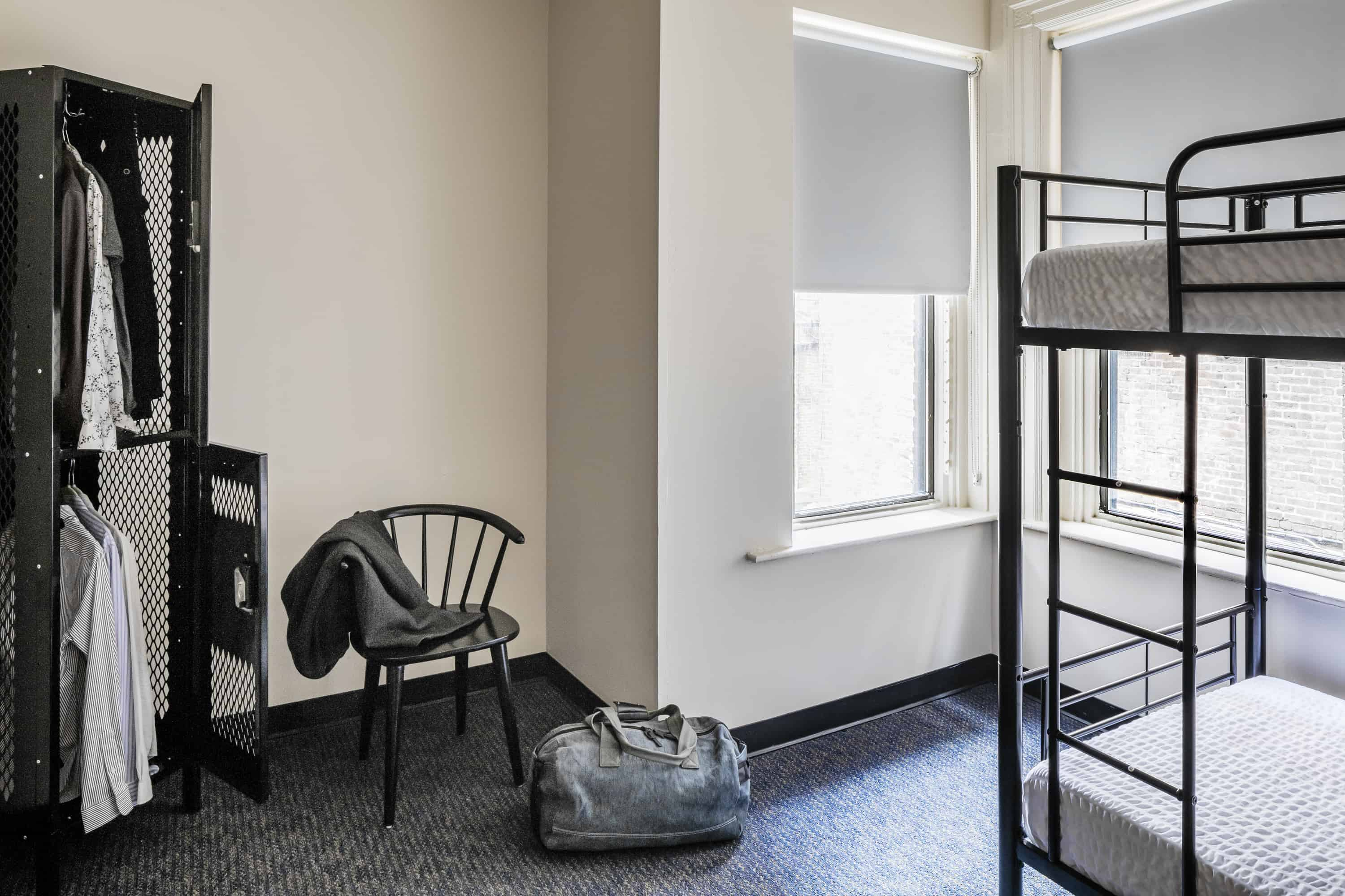 Boston Fenway Inn by FOUND - Rooms - Double Room with shared bathroom and disability access
